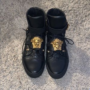black and gold versace shoes